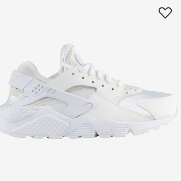 Used Women's Nike Air Huarache size 7